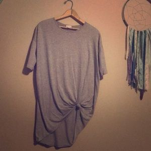 Lularoe gray top